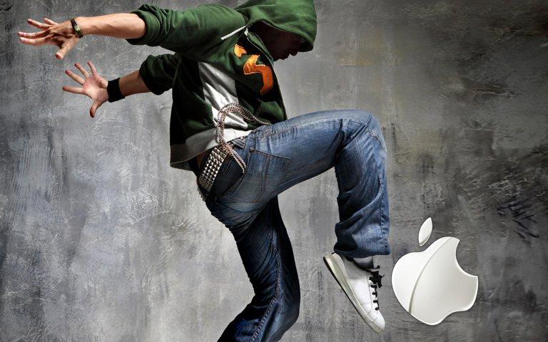iPad_Music_and_Dancing