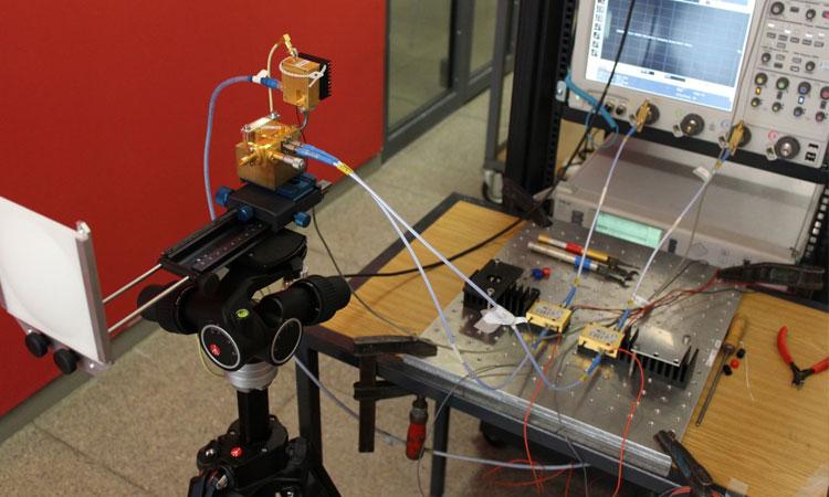 des-chercheurs-creent-le-wi-fi-le-plus-rapide-au-monde-et-font-passer-la-fibre-optique-pour-une-technologie-depassee-une