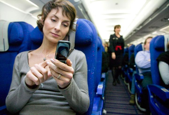 grace-a-la-3g-autorisee-dans-les-avions-vous-pourrez-bientot-restes-connectes-en-plein-vol2