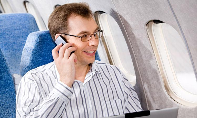 grace-a-la-3g-autorisee-dans-les-avions-vous-pourrez-bientot-restes-connectes-en-plein-volUne