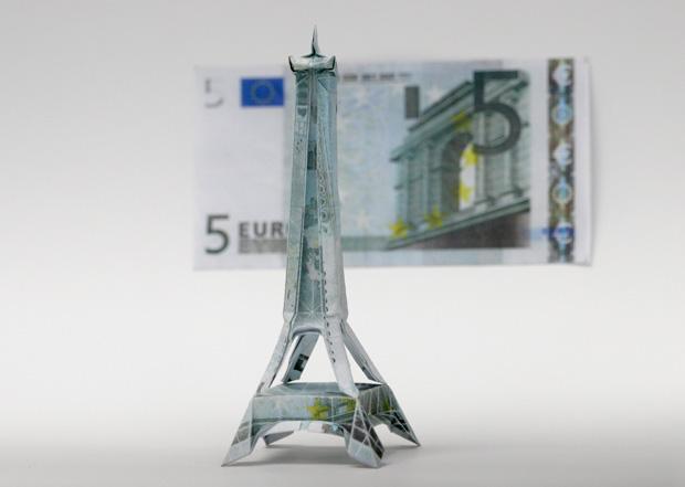les-magnifiques-origamis-en-billets-de-un-dollar-de-won-park17