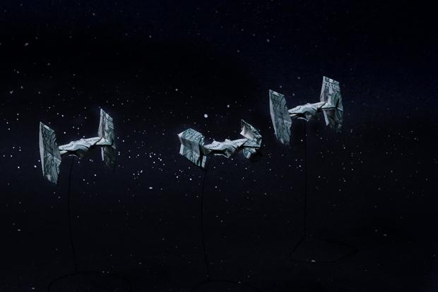 les-magnifiques-origamis-en-billets-de-un-dollar-de-won-park22