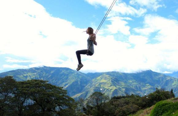 swing-at-the-end-of-the-world-la-casa-del-arbol-5_580xh