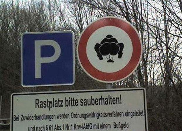 22-panneaux-de-signalisation-qui-desinforment-en-fous-rires14