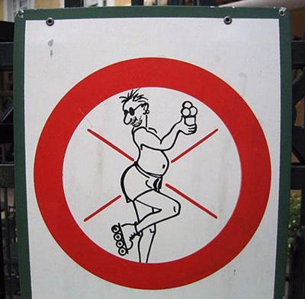 22-panneaux-de-signalisation-qui-desinforment-en-fous-rires6