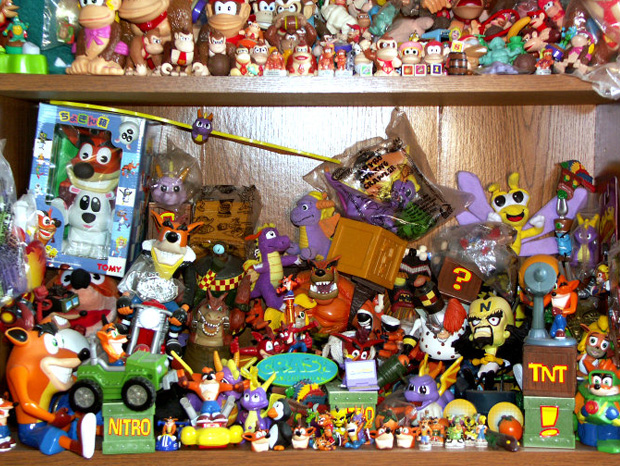 il-entre-au-livre-des-records-avec-sa-collection-de-8000-produits-derives-de-jeux-video3