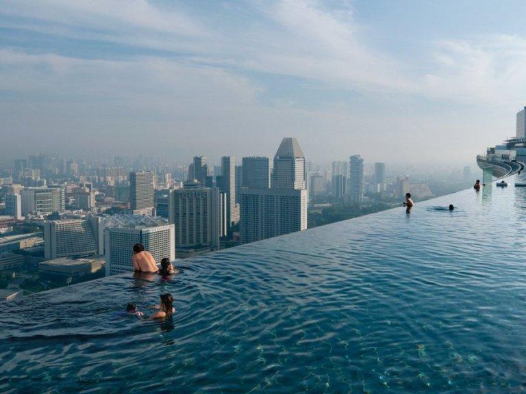 Marina-Bay-Sands-Swimming-pool-Singapore