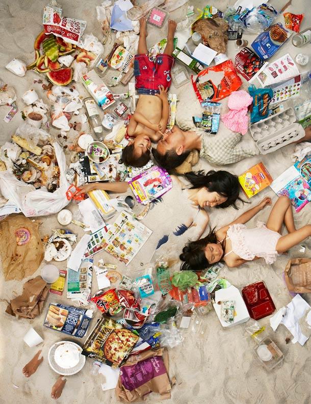 7-days-of-garbage-gregg-segal-4