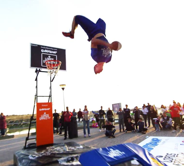 Basketball-Freestyle-Dunks-Lords-of-Gravity-4