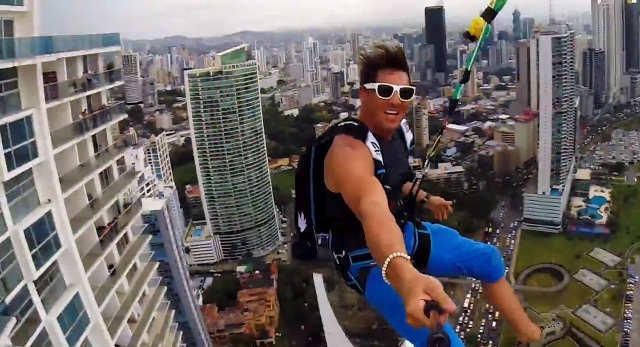 Worlds-Largest-Urban-Zipline4