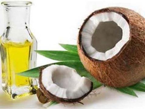 huile-noix-coco-soin-hydratation-cheveux-secs-frises-crepus